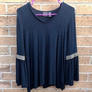 Chicos Navy Bell Sleeve Top 8/M
